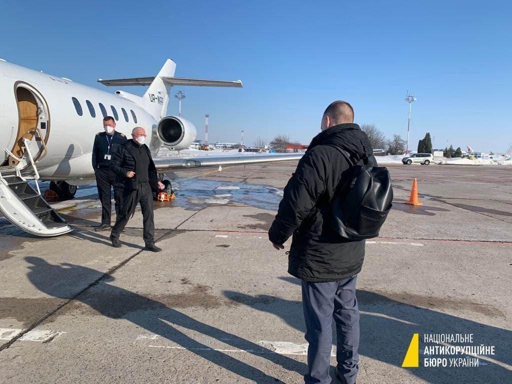 справа Приватбанку, літак, Володимир Яценко