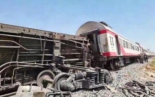 Аварія поїздів в Єгипті: відомо, чи є українці сереж жертв